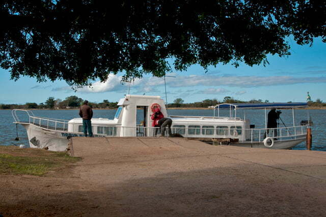 barco nas lagoas do Rio Grande do Sul.