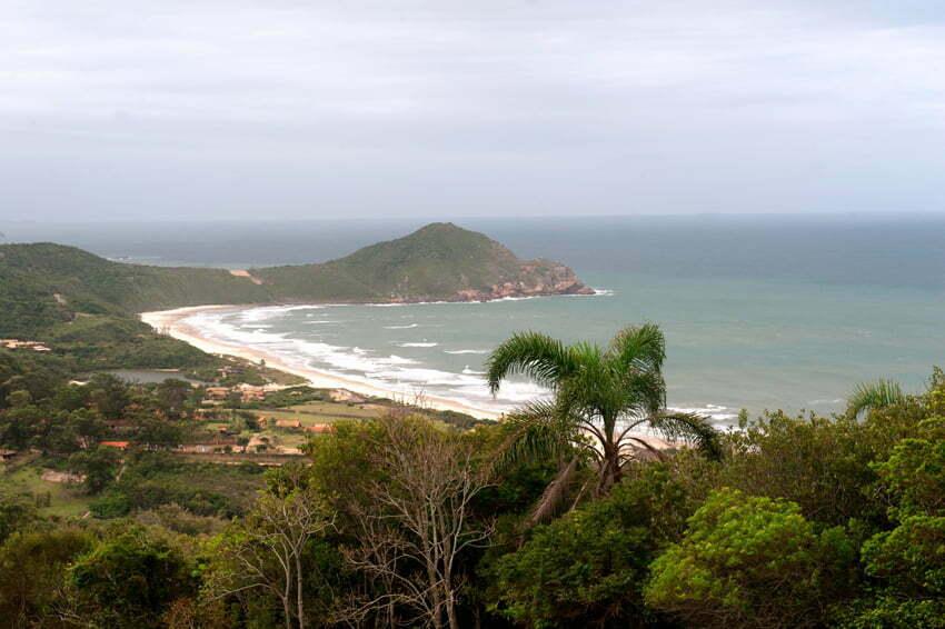 imagem da praia-do-rosa-